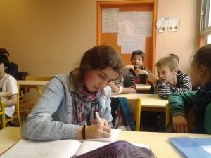 Des élèves de 6e... très studieux!